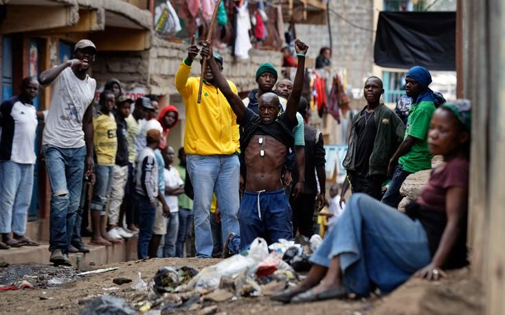 Τουλάχιστον δύο διαδηλωτές νεκροί από πυρά της αστυνομίας στην Κένυα