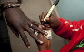 Άνοιξαν οι κάλπες στην Κένυα