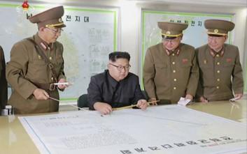 Ο Κιμ Γιονγκ Ουν επέβλεψε χθες τη δοκιμή νέου όπλου