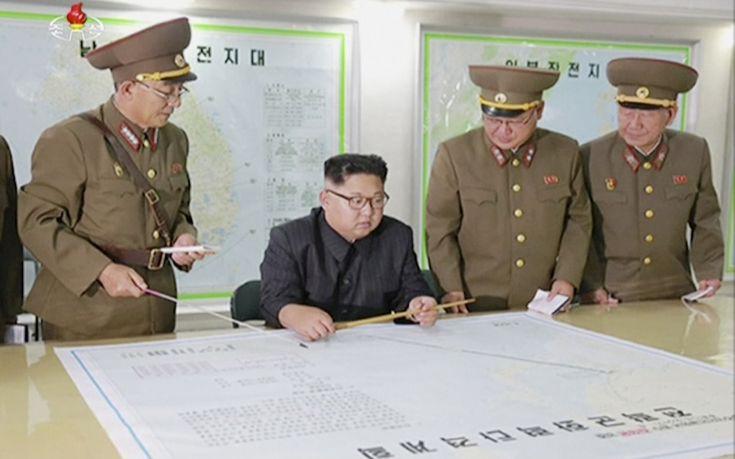 Αναβάλλει η Βόρεια Κορέα το σχέδιο εκτόξευσης πυραύλων κοντά στο Γκουάμ