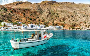 FAZ: Αγαπημένος προορισμός διακοπών η Ελλάδα