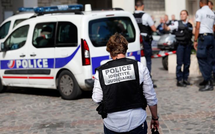 Συνελήφθη ύποπτος για την επίθεση σε στρατιώτες στο Παρίσι