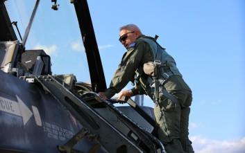 Ο αρχηγός των Ενόπλων Δυνάμεων σε «αερομαχία» με τον αρχηγό της Πολεμικής Αεροπορίας