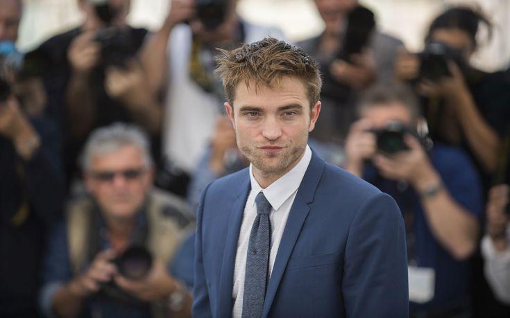 Ο Robert Pattinson αρνήθηκε να ικανοποιήσει σεξουαλικά σκύλο στη νέα του ταινία
