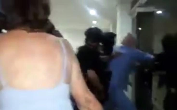 Η σύλληψη του Αντόνιο Λεντέσμα με τις πιτζάμες