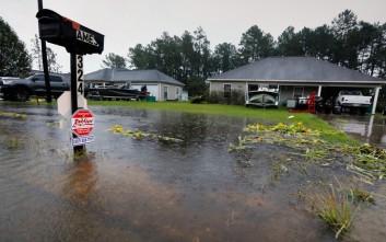 Κίνδυνος για λοιμώξεις και ασθένειες από τις πλημμύρες στο Τέξας