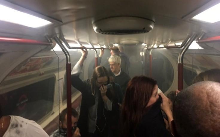 Συναγερμός στον Λονδίνο για φωτιά μέσα στο μετρό