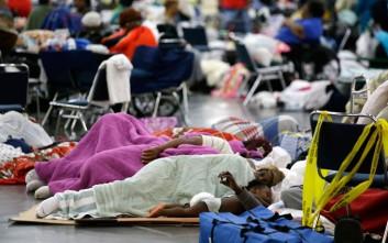 Μάιλι Σάιρους, Μπιγιονσέ, Μπούλοκ και Ντι Κάπριο βοηθούν τους πληγέντες του Χάρβεϊ