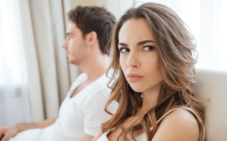 Τρία πράγματα που μπορεί να κρύψει ένας άνδρας από μία γυναίκα