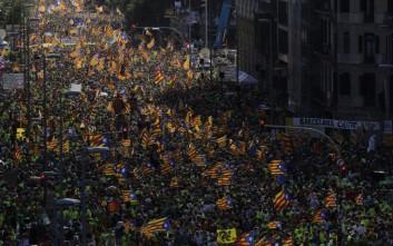 Χιλιάδες οι διαδηλωτές για την ανεξαρτησία της Καταλονίας