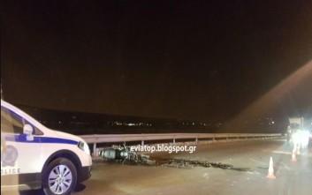 Σφοδρή σύγκρουση με ένα νεκρό μοτοσυκλετιστή στη Χαλκίδα