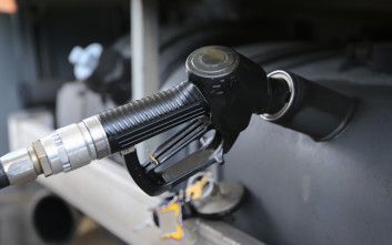 Διασύνδεση φορολογικών μηχανισμών με τις αντλίες των πρατηρίων καυσίμων