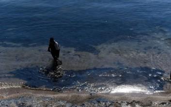 Η εικόνα του Σαρωνικού μετά τη ρύπανση από την πετρελαιοκηλίδα