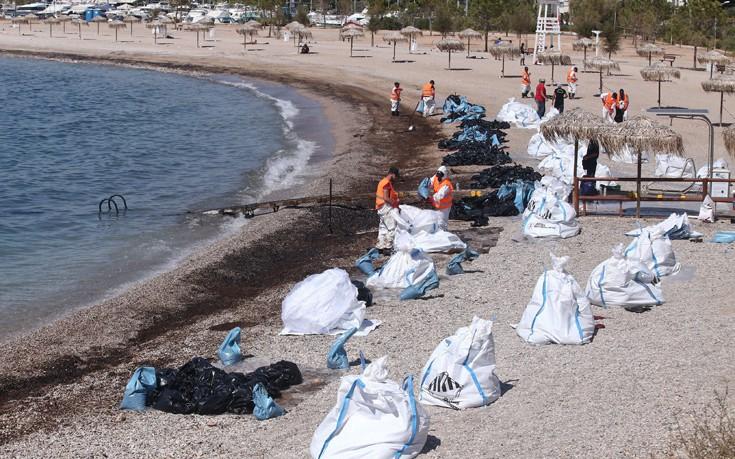 Δράσεις από τον Δήμο Βάρης - Βούλας - Βουλιαγμένης για να παραμείνουν καθαρά τα νερά
