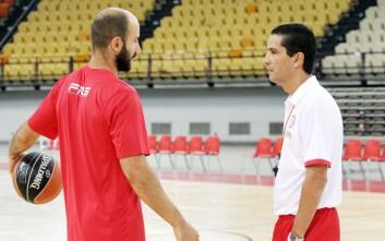 Σφαιρόπουλος: Το θέμα είναι να γίνουμε ομάδα