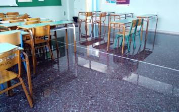 Σχολείο των Χανίων πλημμύρισε από τη νεροποντή