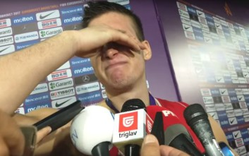 Ο Μπογκντάνοβιτς δεν άντεξε την ήττα και έβαλε τα κλάματα