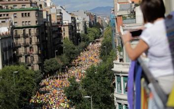 Ένα εκατομμύριο άνθρωποι στους δρόμους για την ανεξαρτησία της Καταλονίας