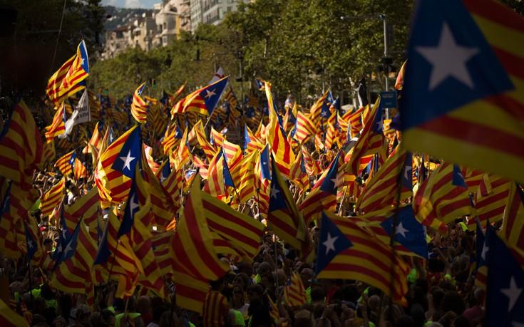 «Έκλεισαν τον επίσημο ιστότοπο για το δημοψήφισμα υπέρ της ανεξαρτησίας της Καταλονίας»