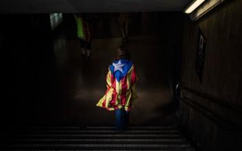 O Πουτζντεμόν ανακήρυξε την ανεξαρτησία της Καταλονίας