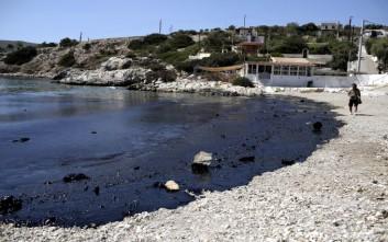 Ανανεώθηκε η λίστα με τις παραλίες που απαγορεύεται η κολύμβηση μετά τη ρύπανση