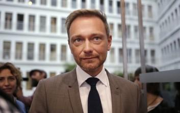 Σκληρός παίκτης το FDP για να πει το «ναι» στο κόμμα της Μέρκελ