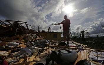 Για ανθρωπιστική κρίση προειδοποιεί ο κυβερνήτης του Πουέρτο Ρίκο