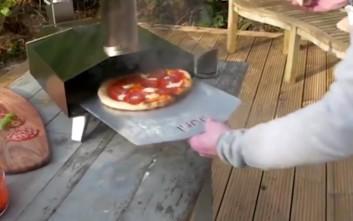 Φορητός φούρνος για πίτσα στο πι και φι