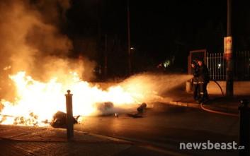 Πέντε άτομα τραυματίστηκαν κατά τη διάρκεια των επεισοδίων στην Δραπετσώνα