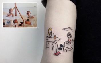 Μετατρέπει τις νοσταλγικές φωτογραφίες σε τατουάζ