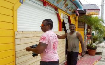 Γλιτώνει από την οργή του τυφώνα Μαρία η Μαρτινίκα