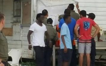 Εγκαταλείπουν την Αυστραλία για τις ΗΠΑ οι πρώτοι 50 πρόσφυγες