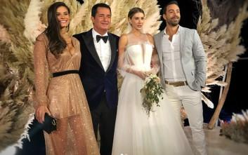 Η Χριστίνα Μπόμπα με θανατηφόρο ντεκολτέ στο γαμήλιο πάρτι του Τούρκου παραγωγού