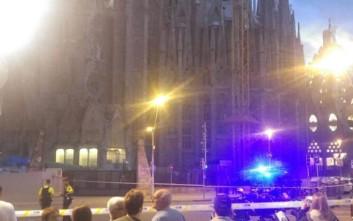 Αντιτρομοκρατική επιχείρηση σε εξέλιξη στη Σαγράδα Φαμίλια στη Βαρκελώνη