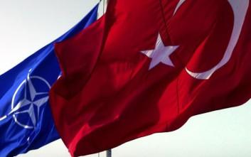 Η Τουρκία δεν ενημέρωσε το ΝΑΤΟ για την αγορά των S-400