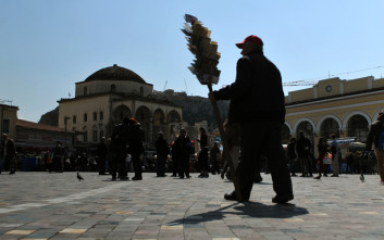 New York Times: Τελειώνει μια καταστροφική οικονομική κρίση στην Ελλάδα