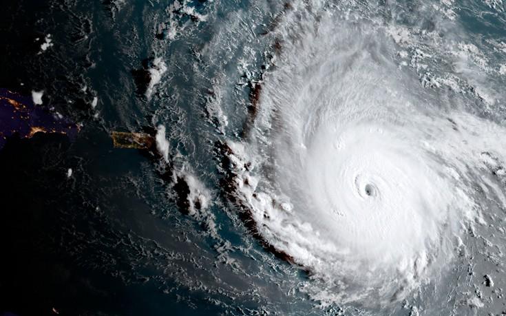 Η Ίρμα στράγγιξε τον ωκεανό στις Μπαχάμες