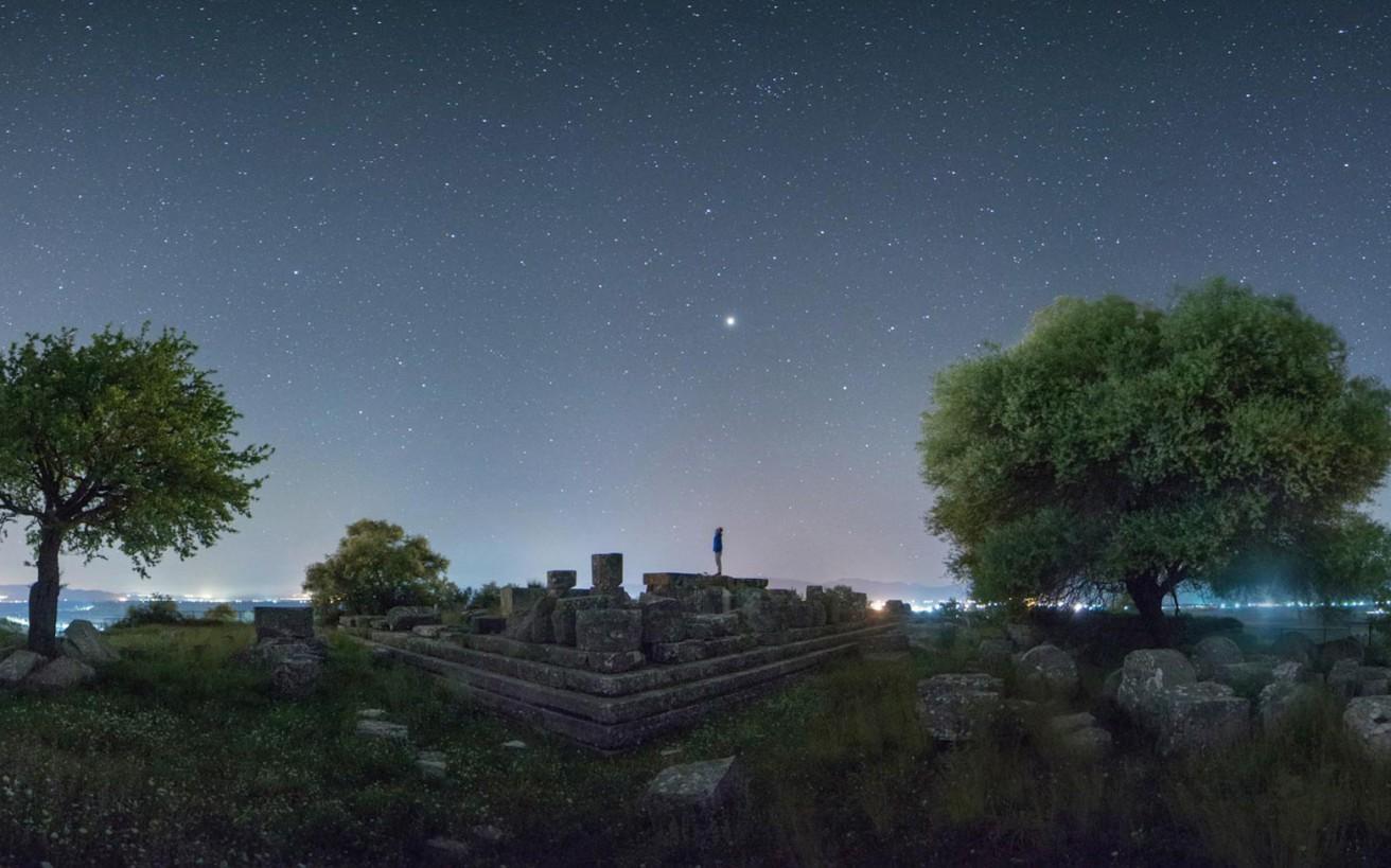 Ο Έλληνας αστροφωτογράφος που γοήτευσε και τη NASA
