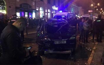 Όχημα έπεσε πάνω σε πεζούς στο Χάρκοβο της Ουκρανίας