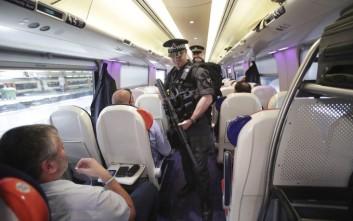 Έτρεχαν πανικόβλητοι στις ράγες του τρένου λόγω… Αποκάλυψης