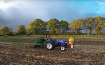 Το πρώτο αγρόκτημα όπου όλες οι εργασίες γίνονται από ρομπότ!