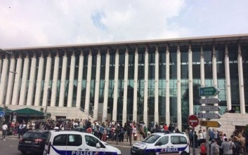 Αιματηρή επίθεση με μαχαίρι σε σιδηροδρομικό σταθμό της Μασσαλίας