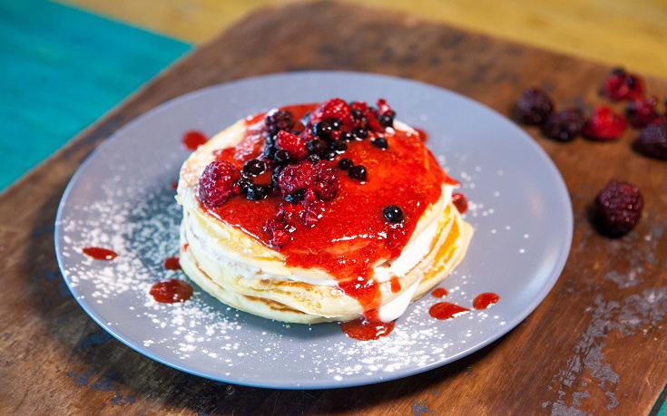 3_Cheesecake_BerriesPancake_LOW