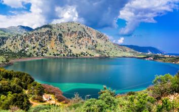 Εικόνες γαλήνης στη Λίμνη Κουρνά