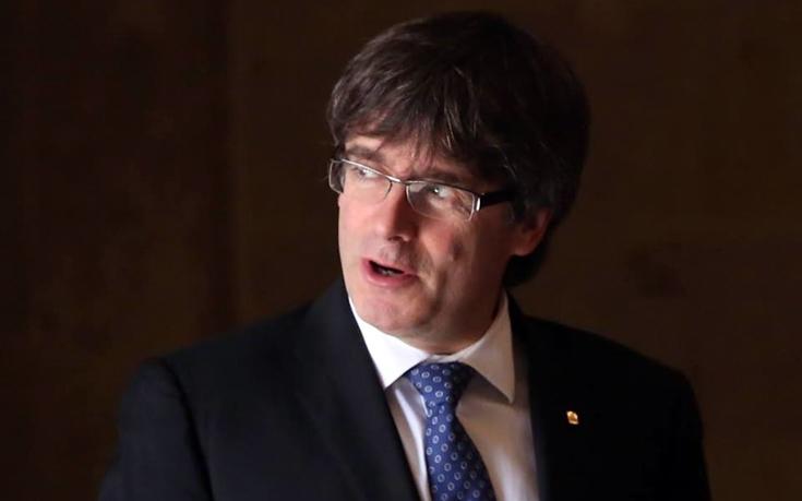 Ειδικές δυνάμεις της Ισπανίας έτοιμες να συλλάβουν τον ηγέτη της Καταλονίας
