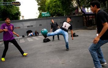 Η αστυνομία αγγλικής πόλης αποκαλεί το ποδόσφαιρο στον δρόμο «αντικοινωνική συμπεριφορά»