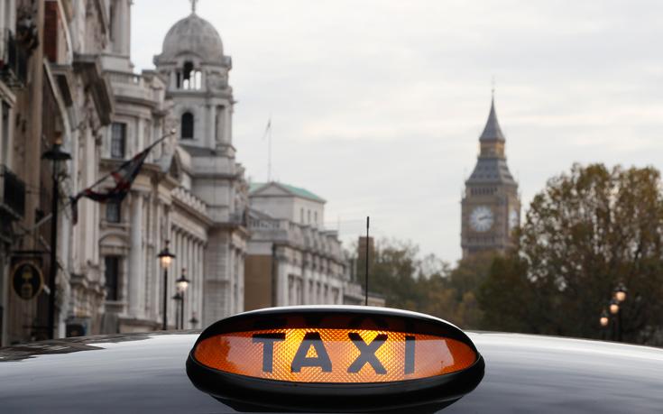 Ξύπνιος ταξιτζής σώζει τις οικονομίες ζωής ενός συνταξιούχου