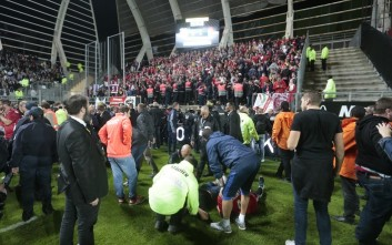 Στους 29 οι τραυματίες από την κατάρρευση φράκτη ασφαλείας του Stade de la Licorne