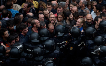 Ελεύθερος υπό όρους ο αρχηγός της αστυνομίας της Καταλονίας