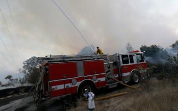 Εκκενώθηκε περιοχή της Καλιφόρνιας λόγω φωτιάς